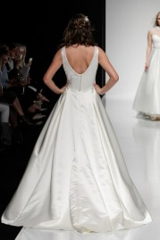 Alan Hannah Wedding Dress Hera
