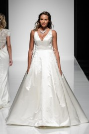 Alan Hannah Wedding Dress Justina