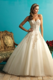 Allure Bridals Wedding Dress 9270