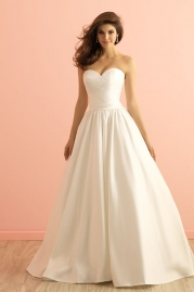 Allure Romance Wedding Dress 2855