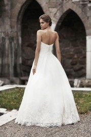 Annais Bridal Ambrosia Collection 1605