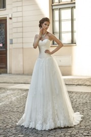 Annais Bridal Dress Tammy