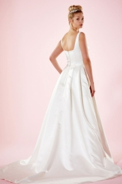 Charlotte Balbier Bridal Gown Hanna Back