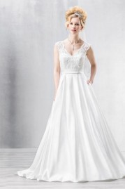 Emmerling Wedding Dress 15093 ANTWERPEN