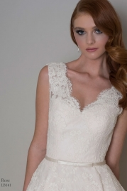 LouLou Bridal LB141 Rose Detail