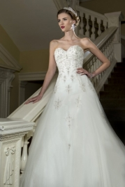 Nicki Flynn Wedding Dress Dahlia