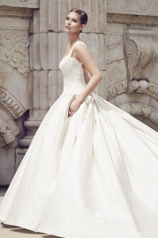 Paloma Blanca Wedding Dress 4560