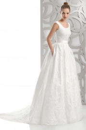 Pepe Botella Wedding Dress Style 501
