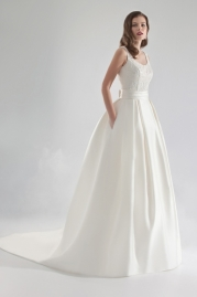 Pepe Botella Wedding Dress Style 502