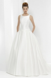 Pepe Botella Wedding Dress Style 552