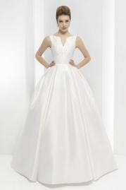 Pepe Botella Wedding Dress Style 558