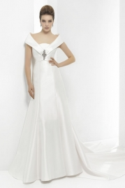 Pepe Botella Wedding Dress Style 566