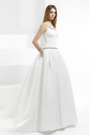 Pepe Botella Wedding Dress Style 570