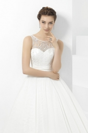 Pepe Botella Wedding Dress Style 572