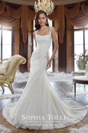 Sophia Tolli Wedding Dress Y21504