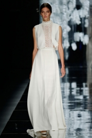 Yolan Cris Avenir Wedding Dress