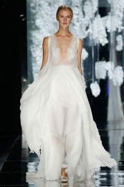 Yolan Cris Feliu Wedding Dress