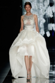 Yolan Cris Numancia Wedding Dress