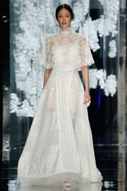 Yolan Cris Olesa Wedding Dress